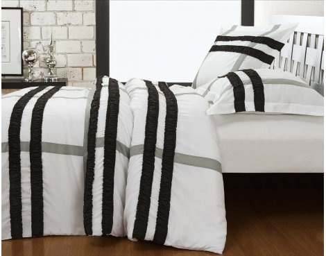 Fancy Embroidery Bradford Duvet Cover Set - White - King 5ft