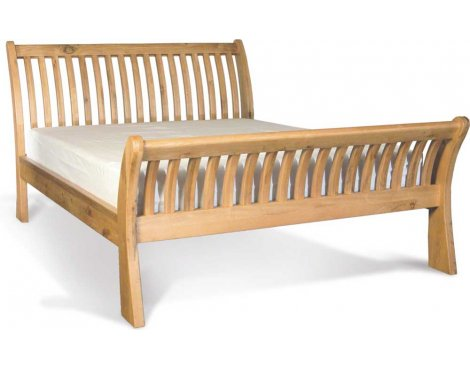 Ultimum Riviera Oak 4\'6 Sleigh Bed