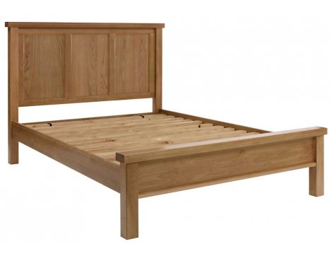 Rustic Grange Devon Oak 5\'0 King Bedframe