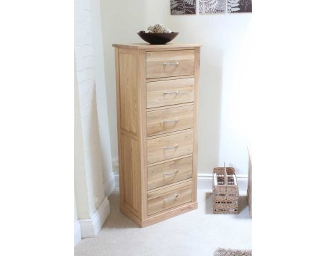 Mobel Oak Tallboy