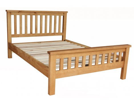 Pennine Solid Pine Double 4\'6 Bed