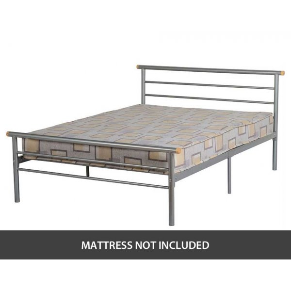 """ValuFurniture Orion 4\'0\"""" Small Double Bed in Silver"""