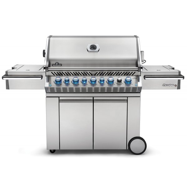 Napoleon PRO665RSIB BBQ with Infrared Side and Rear Burners and proximity lights