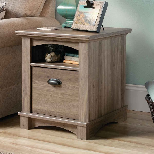 Mason and Bailey Trent Oak Side Table