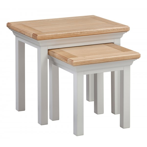 Cotswold Oak Nest of Two Tables