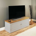 Baumhaus Chadwick Widescreen TV Cabinet With Doors