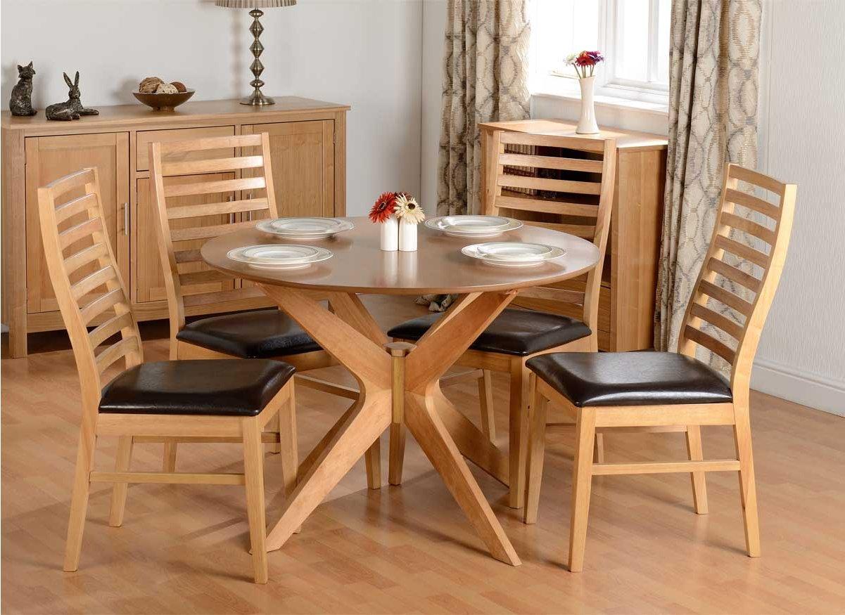ValuFurniture Boston Dining Set In Natural Oak Dining Room